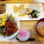 さち福やCAFE - 〔夏季限定〕すずきの西京焼とうなぎご飯定食(¥1518)。味噌汁にはキャベツ・玉ねぎなどが入り、充実した内容