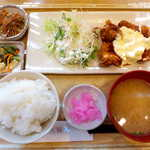 さち福やCAFE - 甘辛チキン南蛮タルタルソース添え定食(¥1020)。本物のチキン南蛮は一枚肉だが、こちらは唐揚げにタルタルを掛けた一品