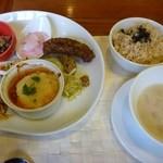 11678116 - ご飯、スープとプレート