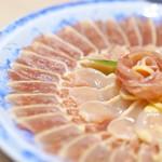 じどりや 穏座 - 淡海地鶏 生で食べたい