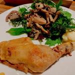 116781820 - 「若鶏モモ肉のコンフィ(900円:税込)」