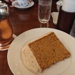 椿屋珈琲店 - 紅茶シフォンとアイスコーヒー