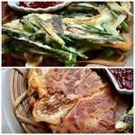 7階のナム - *ニラとネギチヂミ・・生地が薄めでカリッと焼かれてい美味しい。 *キムチチヂミ・・豚バラ肉がカリカリで食感も良く、キムチと合い美味しい。 タレの軽いピリ辛感が合いますね。