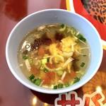 サバイサバイ タイ屋台 - セットのスープ