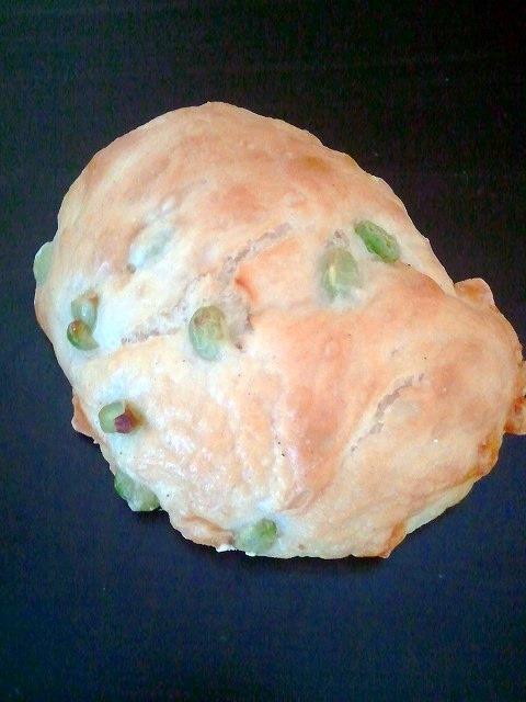 捏 - 枝豆チーズパン