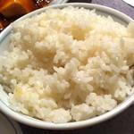 安泰楼 - 上海で食べたご飯みたなご飯粒です。でも、日本の米だそうです。炊き方なんでしょうか?