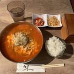 Banju - ユッケジャン880円