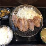 キセキ食堂 - 料理写真:カットステーキ定食 1,290円(税込)