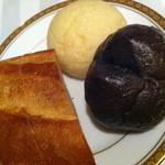 ステーキ&シーフード ボストン - ホテル特製パン