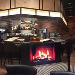 Hakone Bakery Dining&Bar - 暖炉~