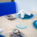 ウニ専門レストラン  unico-co - ブルーで統一された店内