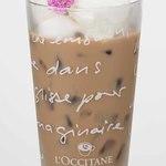 ココナッツアイスクリームのスイートミルクティー