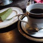 11683267 - 抹茶チーズケーキ(¥550)と珈琲(¥450)