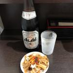 中華そば べんてん - 料理写真:ビール中 (お通し付き)
