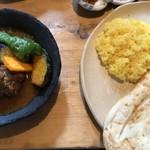 チャンド・メラ - チキン野菜カレー 小ライス+ナーン