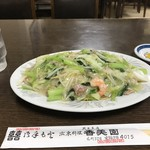 香美園 - カレーと並んで大好きな、あんかけ焼きそば700円と、50円UPしていました(2019.10.3)