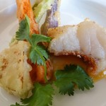 シノワプープールー - アカハタ,アヒルの塩玉子のソース