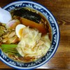 手打ちラーメン 英 - 料理写真:手打ち中華のワンタンメン