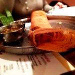 アーンドラ・ダイニング - マサラドーサ:米クレープの中にじゃがいも炒め