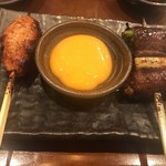 博多串焼と刺身 ココロザシ - 月見つくねと和牛すき焼き串