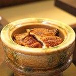 大國屋鰻兵衛 - 料理写真:炭焼き うなぎ と土釜で炊いたご飯
