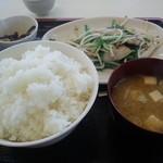 こずえ食堂 - 肉にら定食(ご飯大盛)