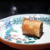 夏零 - 料理写真:鰻の赤ワイン煮と豚足の春巻き
