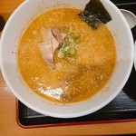 116887346 - 新・餃子+半チャーハンセット(とんこつラーメン)