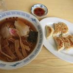 東部食堂 - 料理写真:中華そば&餃子