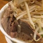 麺や 久二郎 - ブタちゃん