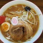 麺屋 から草 - 冬季限定「味噌らーめん(中盛)」(2019年10月4日)