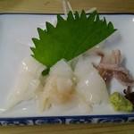 丸萬 - 剣先イカの刺身