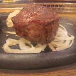 ブロンコビリー - ウルグアイ産超厚切り200gサーロインステーキ