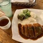 マノ・キッチンカフェ - やわらかBIGカツカレープレート
