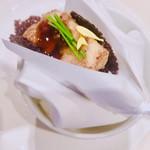 116917388 - 穴子のブレゼ 黒米 秋茄子
