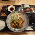 奄美大島料理 かめ - 豚肉料理(こちらは生姜焼き)です。