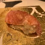 第三春美鮨 - シビマグロ 264kg カマ下 大トロ 熟成5日目 青森県大間 第二義栄丸