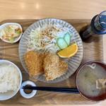 和風カフェ しゅしゅ - れんこんコロッケ定食