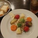 イル ピッツァイオーロ - 温野菜の盛合せ(前菜)です
