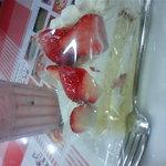 ベリー・ストロベリー - ベリーストロベリー&ミルク ショートサイズ、とちおとめのショートケーキ