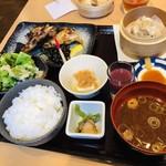 washokubiyoriosaketojimbouchou - 本日の粕漬定食1250円