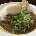 元町通り3丁目 - キーマカレー650円に煮たまご100円をトッピング(2019.10.5)
