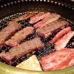 西田屋しもふり亭 - 絶賛焼き肉中