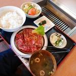 三楽 - 料理写真: