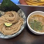 Ramen611 - 鶏白湯煮干しつけ麺