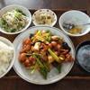 輝珍楼 - 料理写真:鶏肉の辛口炒め定食