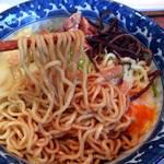 らーめん三歩 - あぶら麺(スープ付)900円