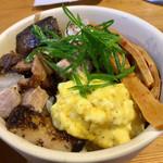 麺切り 白流 - ミニ焼豚丼