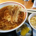 昭和軒 - 「ジャジャ麺+ミニ炒飯(¥780)」麺アップ