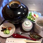 弥満喜 - 料理写真:立派な蓋付きで提供されます
